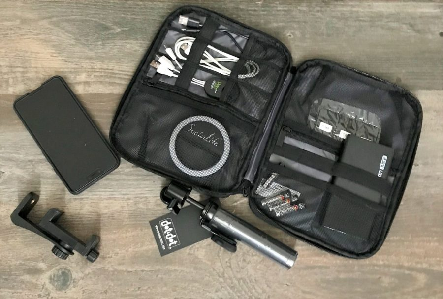 Electronics Organizers For Smart Traveling